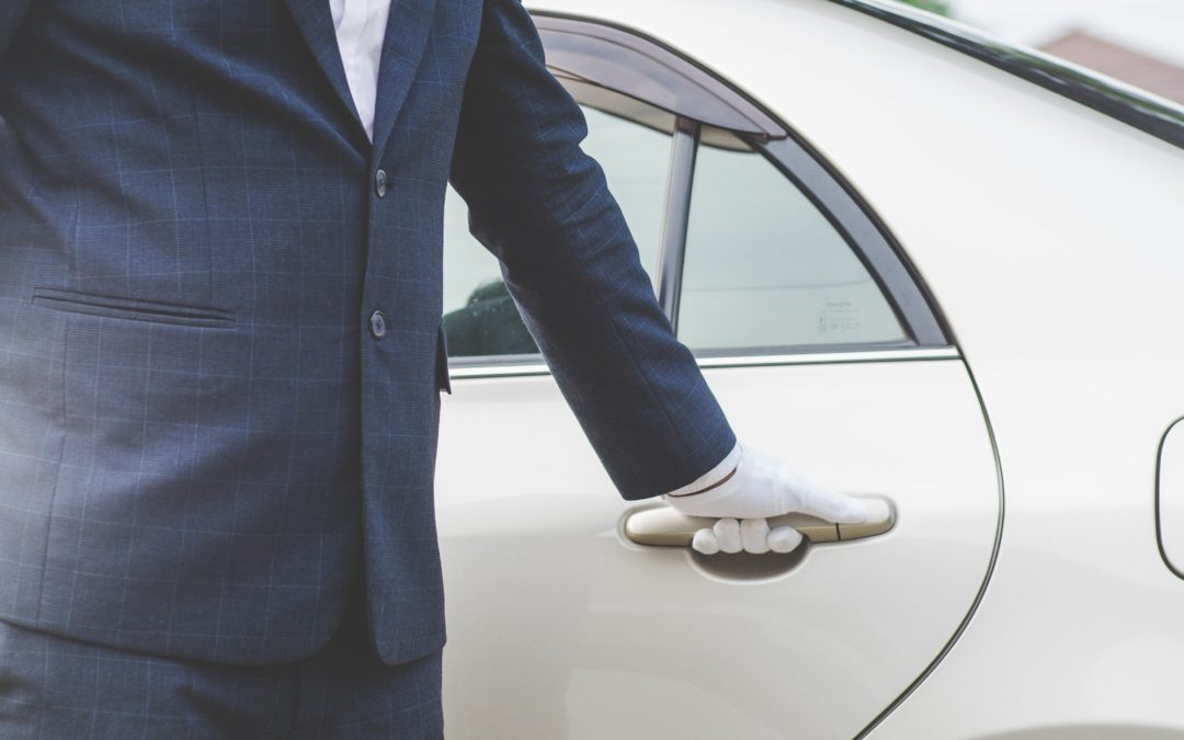 Riding in Style: The Top Benefits of Using an Airport Car Service from LAX to San Diego